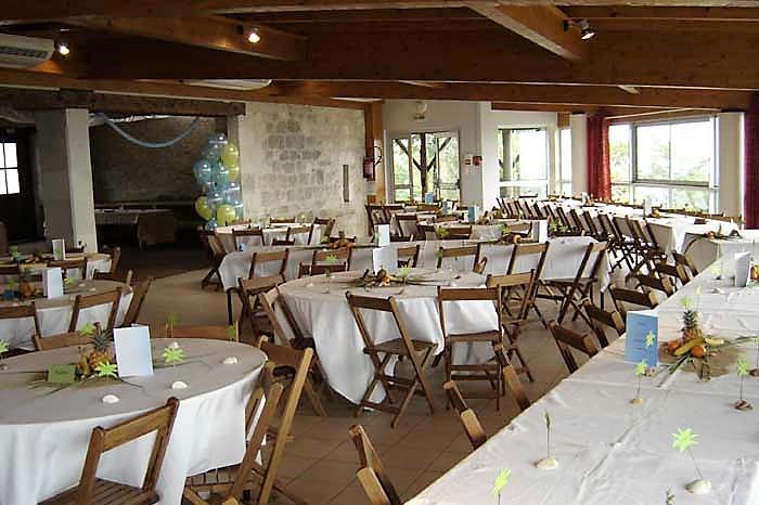 Montalzat salle des fêtes intérieur